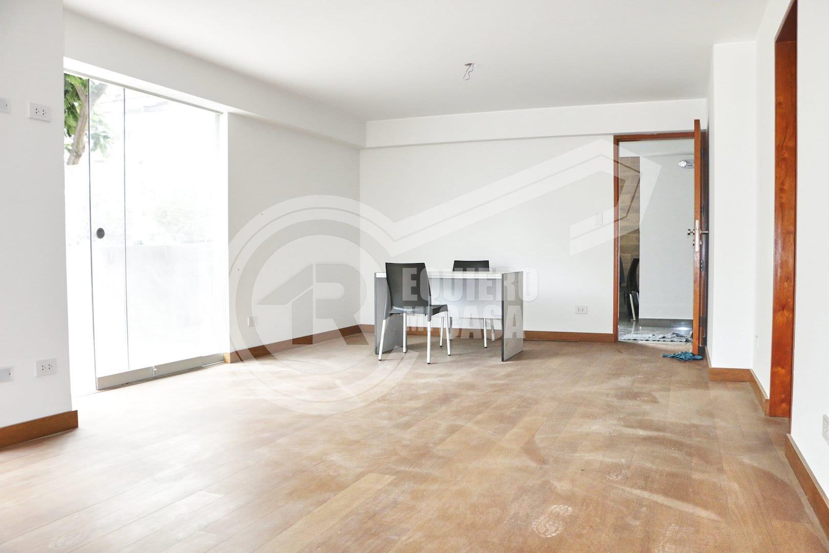 Exclusivo flat con terraza en primer piso chacarilla - Estanque terraza piso ...